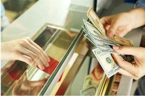 Sortenkurse werden für Bargeld am Bankschalter berechnet